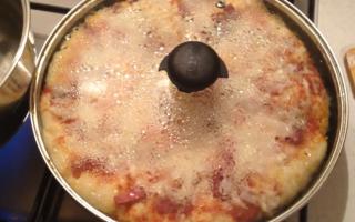 Рецепт пиццы на сковороде за 5 минут