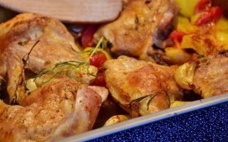 Сколько по времени запекать курицу целиком, куриные ножки и куриную грудку в духовке