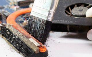 Как почистить ноутбук от пыли в домашних условиях